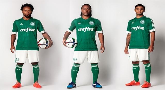 d0fbdc98e2 FUTEBOL BRASILEIRO  Palmeiras lança nova camisa com losangos para a temporada  2015 16