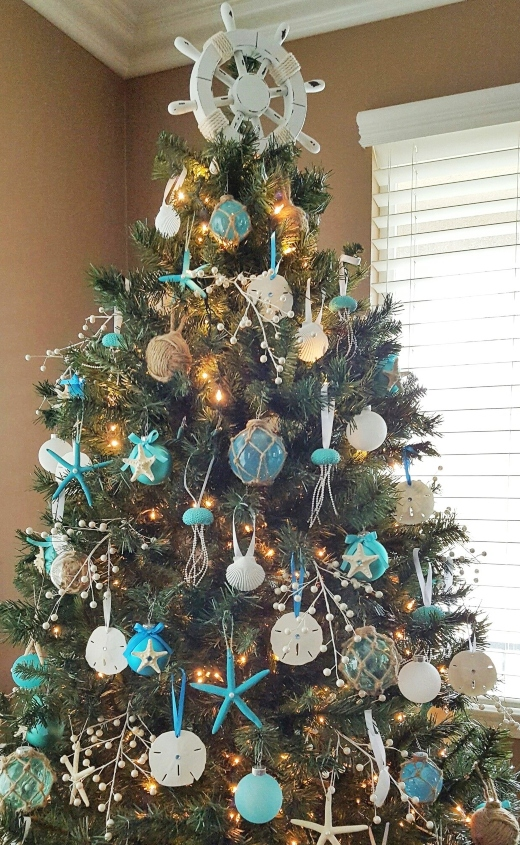 Unique Christmas Tree Topper Ideas
