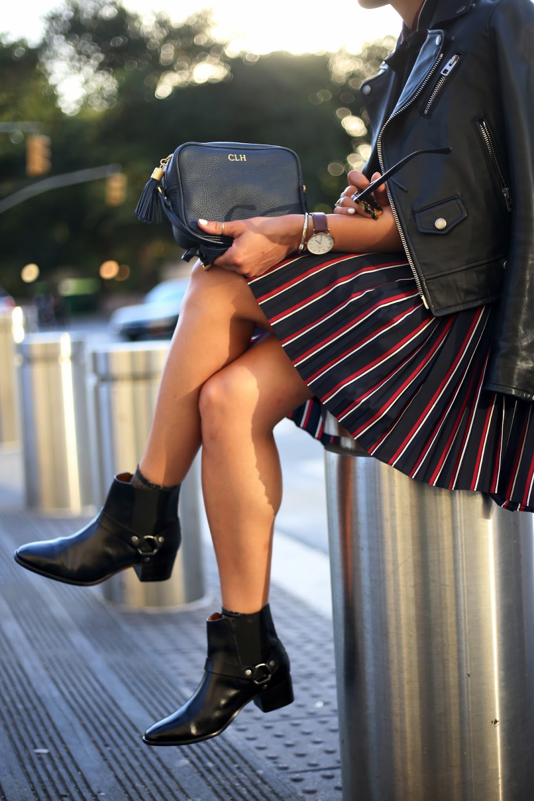 NYFW, NYC, all stripes, Banana Republic, It's Banana, stripes, Fall fashion, fall outfit, Gigi New york, hoop earrings, Frye harness boots, Frye Dara Harness Chelsea boot