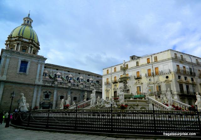 Fonte da Piazza Pretoria, Palermo, Sicília