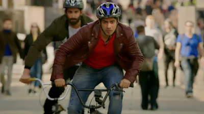 Varun Dhawan Sport Bicycle Ride Image In Judwaa 2