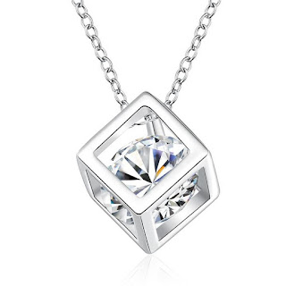 https://kqra.com/products/swarovski-crystal-white-topaz-necklace-in-18k-white-gold-plated