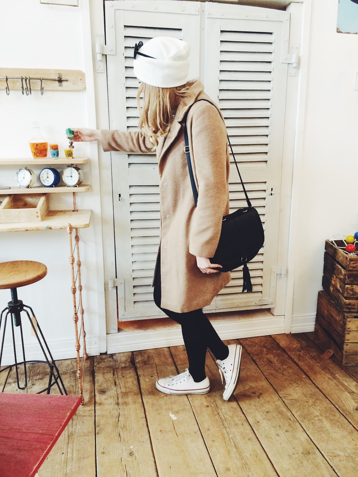 How to wear a camel coat, fashionFake blog, fashion bloggers, UK fashion blog, antique shops in Andover