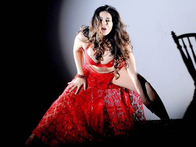 Sunny Leone Hd Kiss