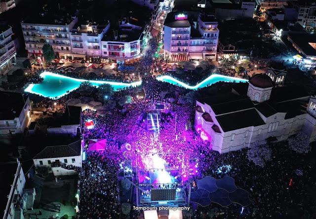 Χιλιάδες κόσμου στο Άργος για τον Σάκη Ρουβά