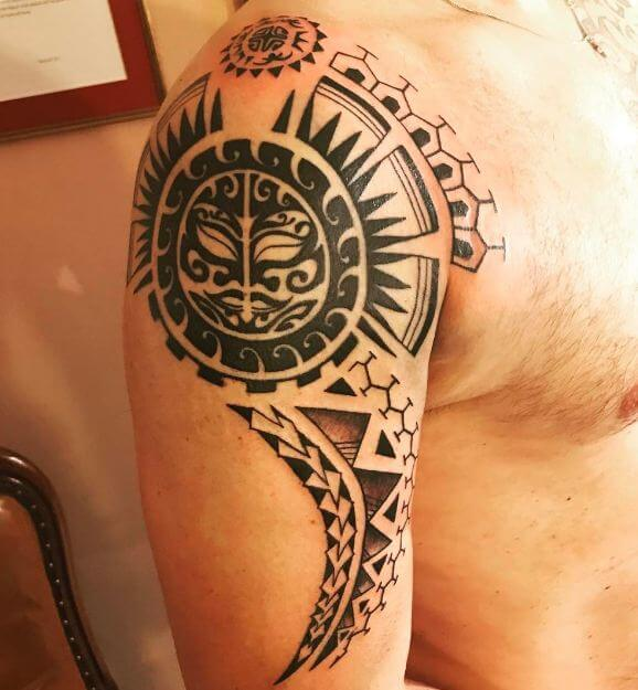 50 inspiring maori tattoos for men and women 2018 page 2 of 5 tattoosboygirl. Black Bedroom Furniture Sets. Home Design Ideas