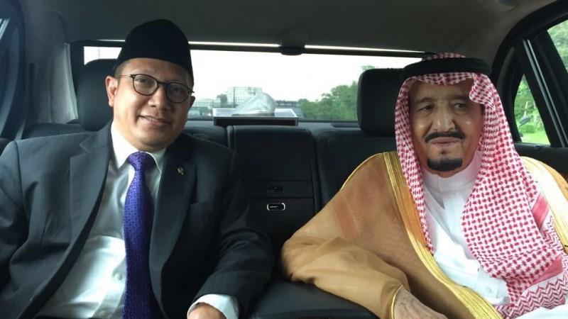 Menag Lukman Hakim Saifuddin semobil dengan Raja Salman