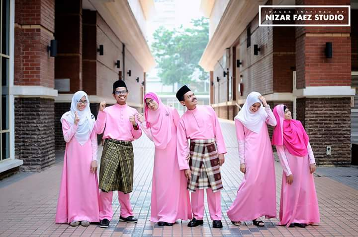 Nizar Faez Photographer Wedding, Convocation, Event, Potraiture, Family & Group Yang Berbakat