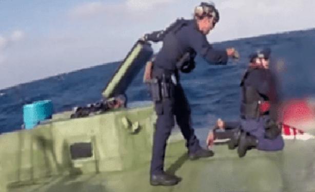 Vídeo: Así interceptan narcolanchas atascadas de Cocaina en Altamar