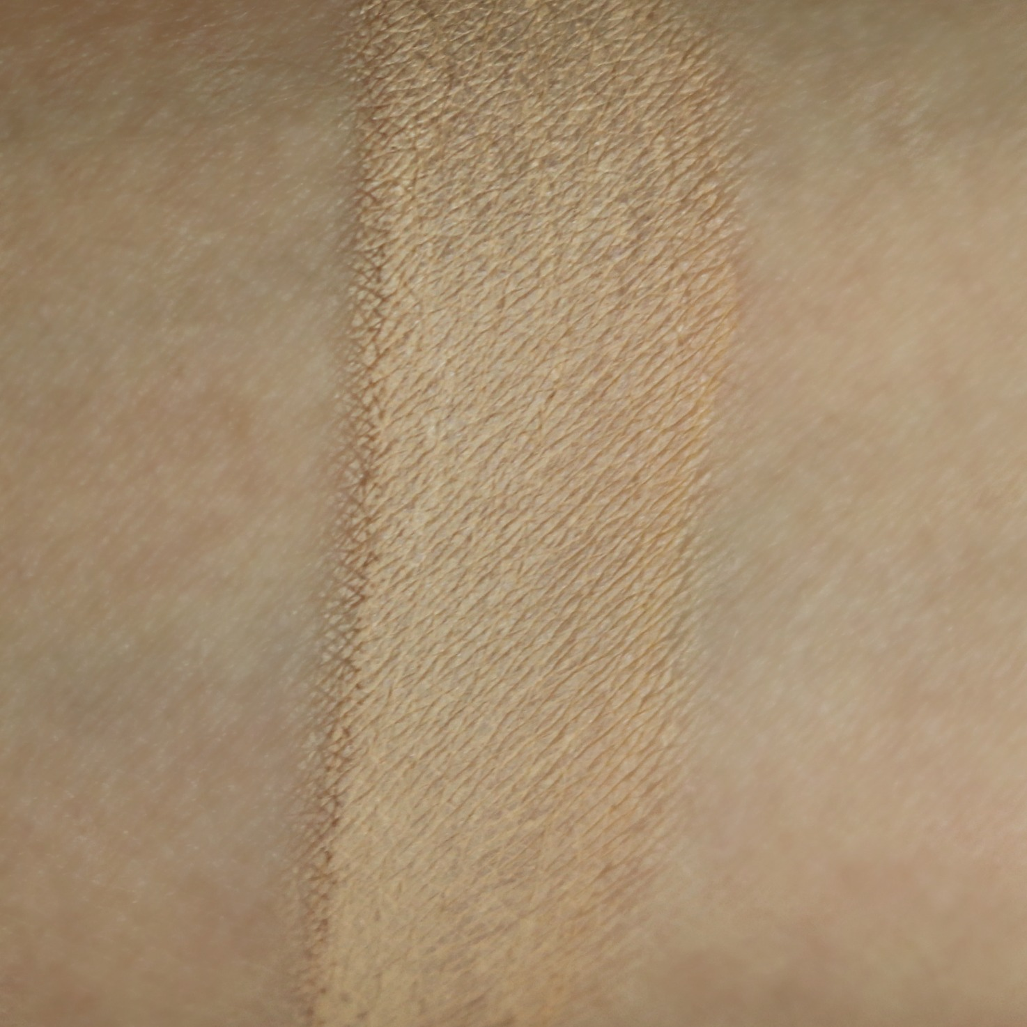 Make Up For Ever Matte Velvet Skin Foundation Y235 Swatch Review