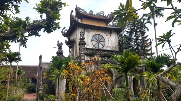 Statue stolen from ancient pagoda in Vietnam