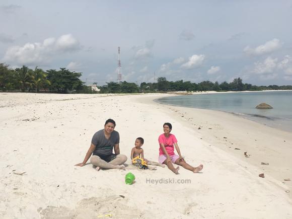 pantai-lor-in-belitung