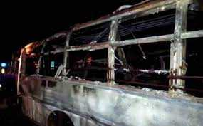 burning-bus-enroute-from-delhi-to-gonda-four-wheeler-turns-into-ball-of-fire-after-collision-with-truck-24-dead