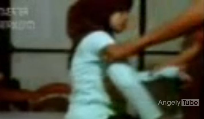 gadis jilbab dientot dukun cabulangelytube