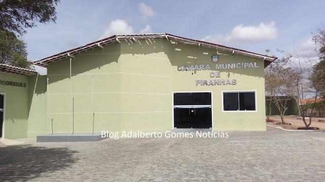 Câmara de Vereadores de Piranhas abre licitação para contratar empresa para gravar e  transmitir às sessões pela internet