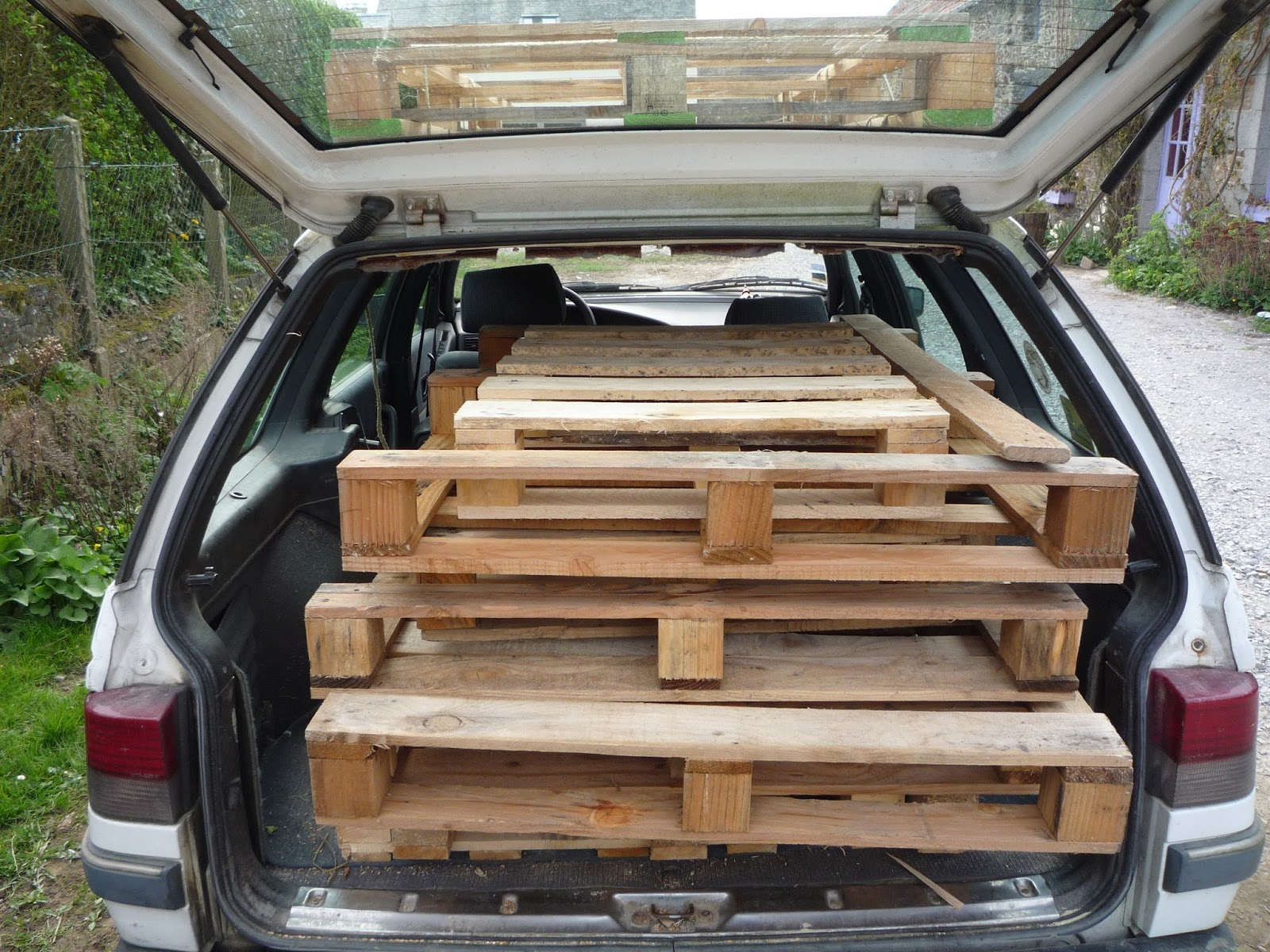 Shooting brake - Hunting for pallets