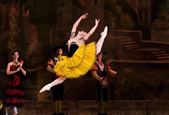 """Shopping Patteo Olinda será palco de uma ação viral de divulgação do espetáculo """"O Quebra-Nozes"""", uma das mais importantes e relevantes obras do Ballet Clássico, composta pelo russo Piotr Ilitch Tchaikovsky. A peça será encenada pela companhia Ballet Gonzalez,"""