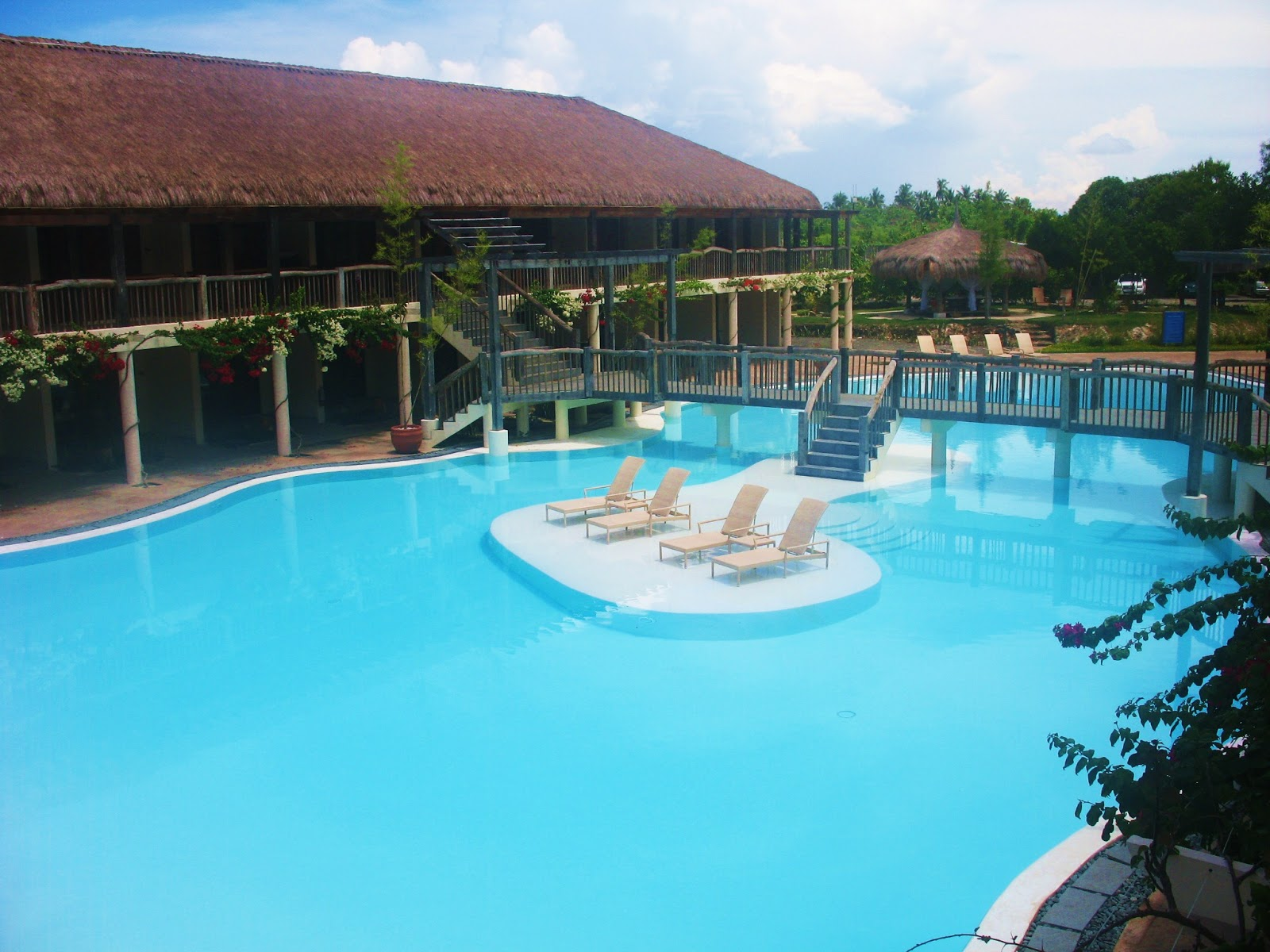 Bluewater Panglao Beach Resort Offers The Best Of Bohol And Filipino