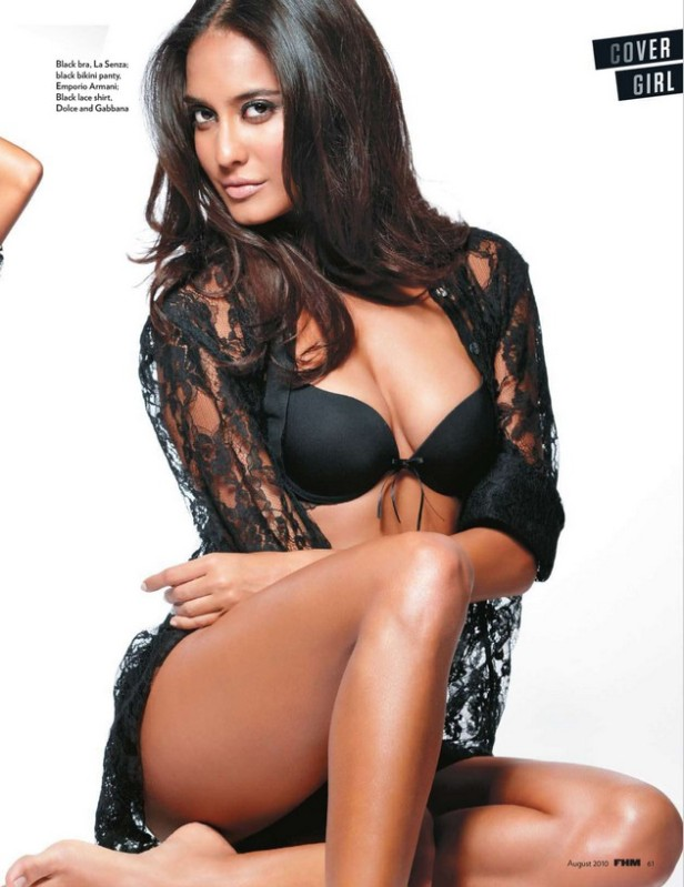 lisa haydon in fhm
