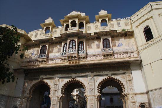 bagore_ki_haveli_udaipur_best_places-Visit-Udaipur