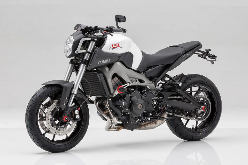Racing Caf U00e8  Yamaha Mt