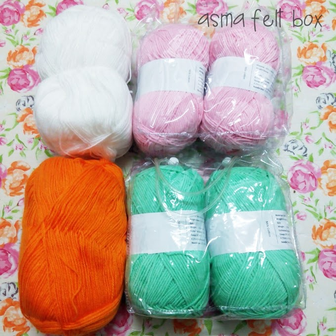 Shopping Yarn!