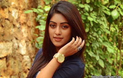 anu emmanuel hot images wallpapers jeans