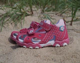 Kinderschuhe Sandalen Mädchen Punkte Blumen Verlosung