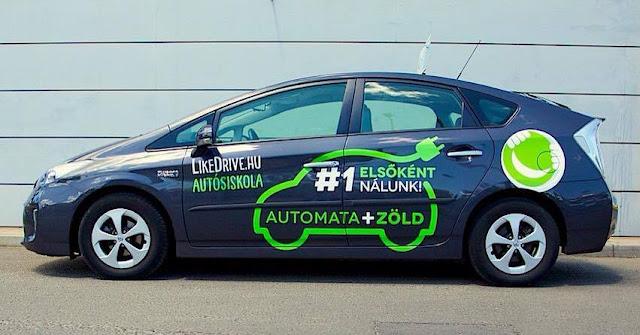 Bemutatkozik az első hazai zöld rendszámos elektromos oktatóautó  Annak aki ki szeretné próbálni az autót élőben, vagy csak kíváncsi egy zöld-mazsola vizsgáztatására, nem utolsó sorban kíváncsi Somogyi András  humorista kommentáljára, akkor ott a helye!