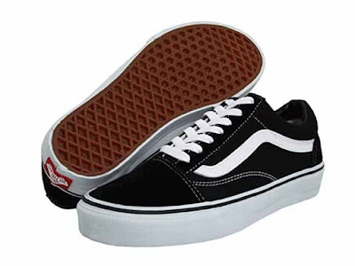 الحذاء الثاني: Vans Old Skool Skate Shoe