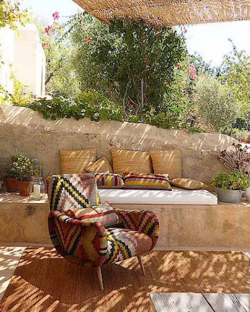 Rustic mediteranean n ibiza jurnal de design interior for Al saffar interior decoration l l c