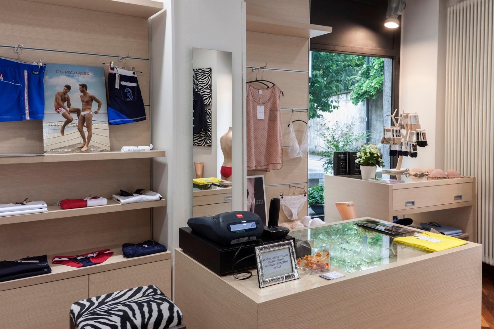 Intimi segreti negozio di intimo calze in cant maggio 2016 for Negozi arredamento cantu