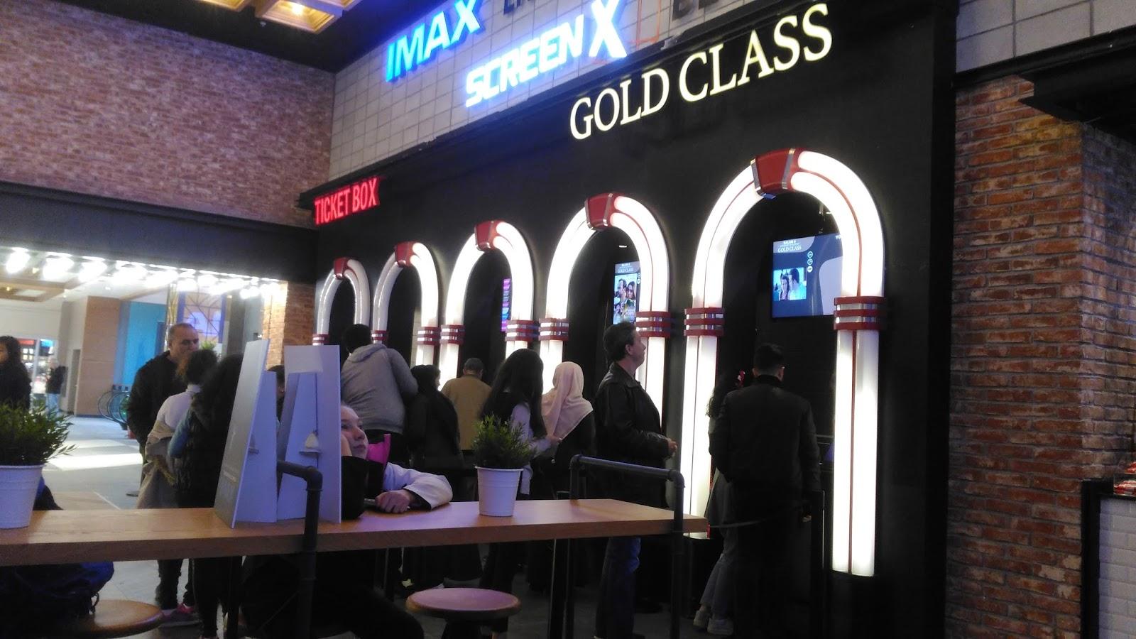 Eating Our Way Through Wisconsin Film_16 >> Cinemaximum Gold Class 2 40 Parmak