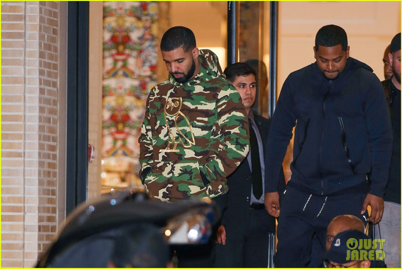 Drake goes shopping, rocks military hoodie