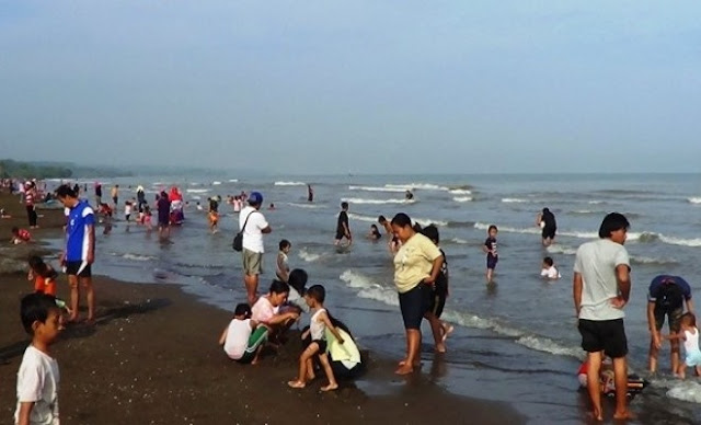 Pantai Jodoh Batang