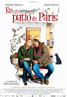 En un patio de Paris (2014) online y gratis