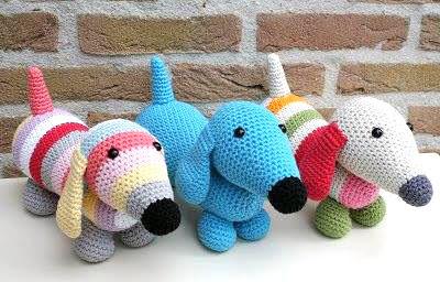 Perritos salchichas tejidos en crochet