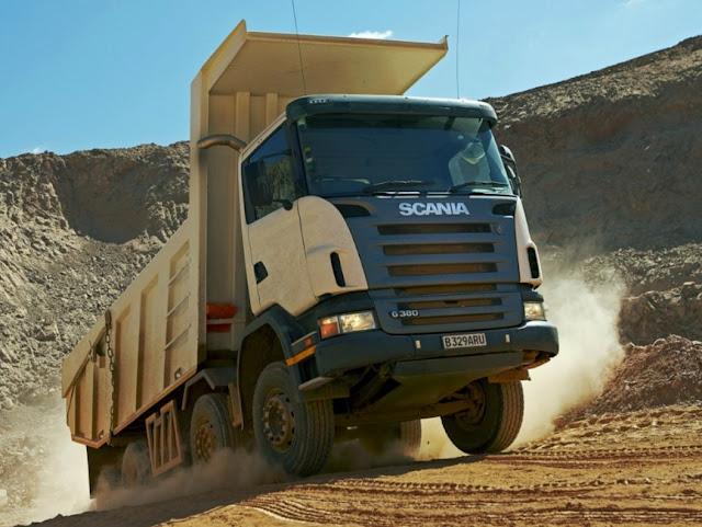gambar dump truck tronton scania