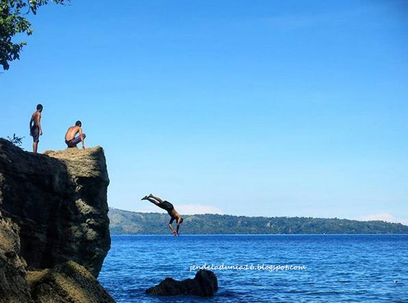 Batu Kapal Liliboi, Pesona Keindahan Wisata Bahari Dari Ambon Manise