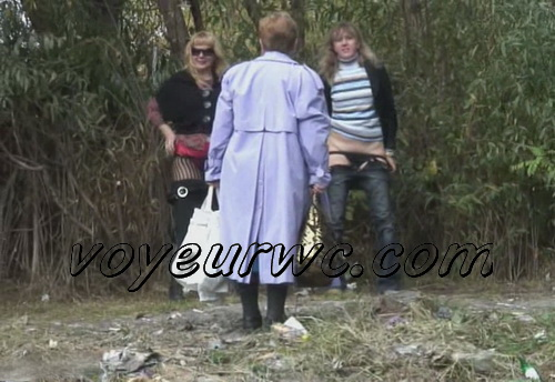 PissHunters 9796-9811 (Women caught by voyeur peeing outdoors)