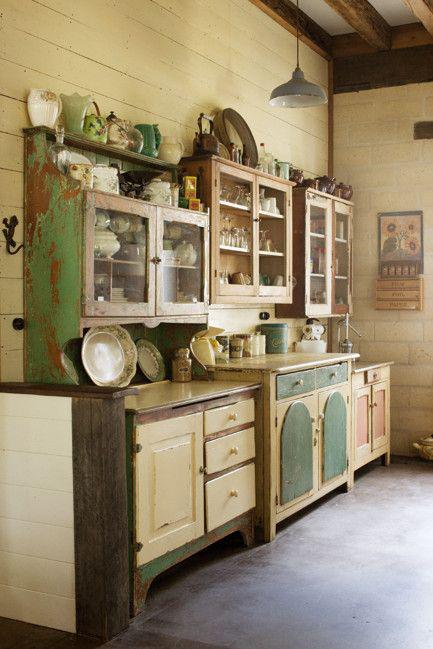 Mod Vintage Life: Salvaged Kitchen Cabinets