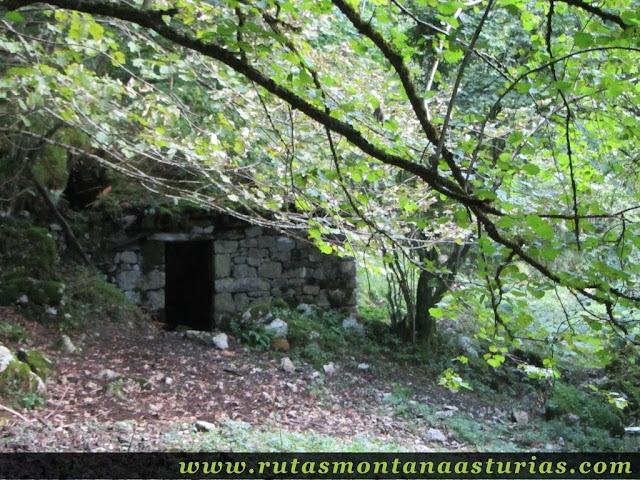 Ruta circular de Taranes al Tiatordos: Cabaña