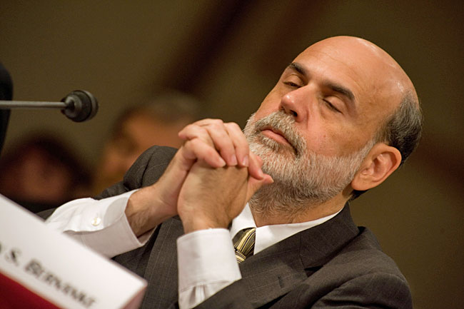 bernanke+praying.jpg