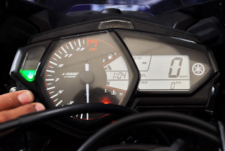 """Cara Mudah!! Mengatur Jam Digital Di Yamaha R25 """"Hanya Hitungan Menit"""""""