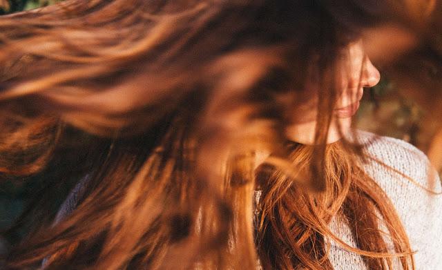 cheveux soin naturel beauté produits huiles poudres ayurvédiques