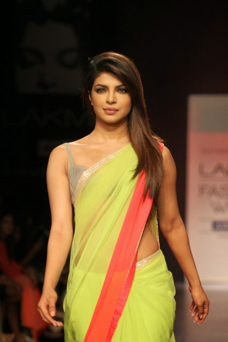 Priyanka Chopra Hot Pics Nude