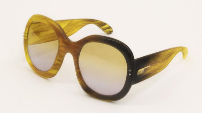 Unusual Designs and Products Created with Hair (15) 14
