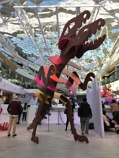 Pic of huge dinosaur under roof at Shopping Centre