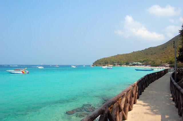 Туристы в Паттайе могут лишиться последнего нормального бесплатного пляжа
