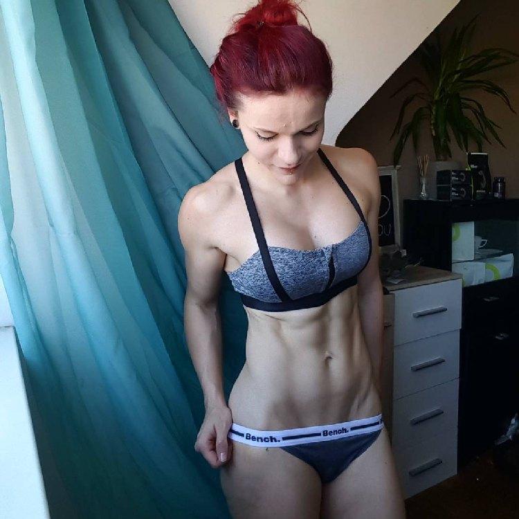 Stefanie Macherham redhead Fitness